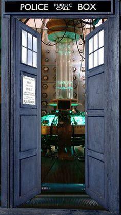 TARDIS wallpaper & Doctor who tardis door | Doctor Who | Pinterest | Tardis door ...