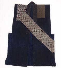 Japanese-Antiques-Traditional-Indigo-Sashiko-Vest-Chokki-from-19th-century Material: Cotton Size: 90x62cm