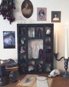 Room Ideas Bedroom, Bedroom Decor, Crystal Collection Display, Crystal Room Decor, Crystal Aesthetic, Zen Room, Meditation Space, Meditation Altar, Crystal Shelves