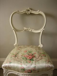 DIY Project -This piece has great bones..paint it a cool color & reupholster it with a modern chic fabric! :)