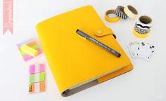 Voici une nouvelle catégorie sur le blog : organisation !  Et je vous parle aujourd'hui de mon Filofax  ! Et en fin d'article, la partie ...
