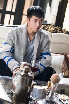 Handsome and decent man #leeseunggi