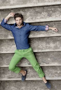 I'm OBSESSED with these green pants.