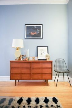 Try a Room Reset: Lighten Up the Living Room — The January Cure Assignment #13:  http://on.apttherapy.com/Gh9JQb