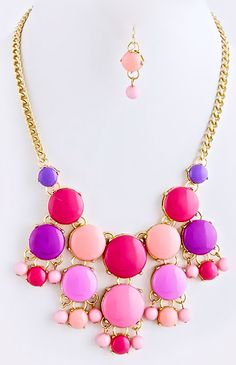 NEW:  Float and Flutter Cluster Necklace Set Free US Shipping  www.popofchic.com