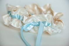 Something blue: Ivory lace & blue garter