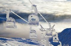 WOW! Would love to ski there some warmer day! Snowy Åreskutan ski lift - Sweden #perskinality