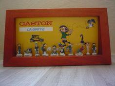 ancienne-series-de-10-feves-GASTON-LAGAFFE-2004-en-tb-etats-sur-presentoire