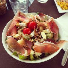 itsfuntobehappy  #FOOD Salad with pears, Emerson Cafè, Poetto Cagliari ~Marta~