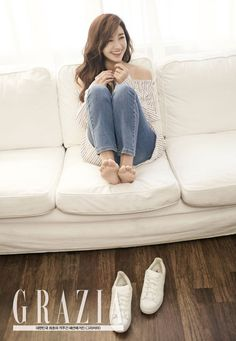 Eunji talks about paying off her family's debt with 'Grazia' | allkpop.com
