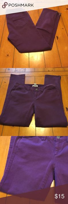 Calvin Klein skinny jeans Calvin Klein skinny leg jeans in great condition  💓size 2 💓color purple Calvin Klein Jeans Jeans Skinny