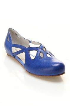 Flats as low as $9.99 - Beyond the Rack