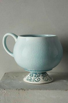 Chilled Sky Mug by Anthropologie Green Mug/cup Mugs from Anthropologie. Shop more products from Anthropologie on Wanelo. Pottery Mugs, Ceramic Pottery, Slab Pottery, Thrown Pottery, Pottery Wheel, Pottery Ideas, Ceramic Cups, Ceramic Art, Porcelain Ceramic