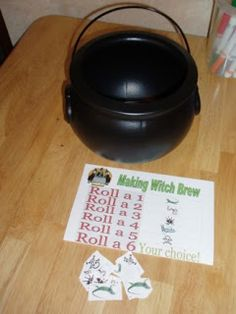 Witch Brew Dice Game & Other Halloween Treats! « Math makes Halloween fun! Halloween Arts And Crafts, Halloween Math, Theme Halloween, Halloween Activities, Fall Halloween, Halloween Treats, Halloween Witches, Holiday Activities, Classroom Freebies