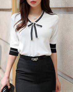 Korean Women s Fashion Shopping Mall Styleonme. Blouse Styles, Blouse Designs, Model Street Style, Korean Women, Work Attire, Women's Fashion Dresses, Fashion Clothes, Maxi Dresses, Korean Fashion