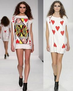 love these playing card graphic oversize tshirts Alice In Wonderland Gifts, Wonderland Costumes, Tim Burton Halloween Costumes, Card Costume, Alice Tea Party, Cool Style, My Style, Old T Shirts, Leotards