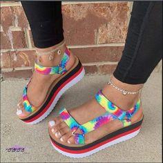 Summer Slippers, Style Simple, Open Toe Flats, Fashion Sandals, Unique Shoes, Tie Dye, Slip On Shoes, Fab Shoes, Crazy Shoes