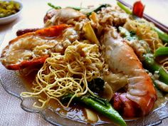 3 hungry tummies: Crispy Egg Noodles With Freshwater Prawns (Sang Ha...