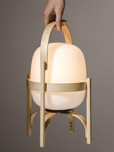 Cestita Batería Lamp, Santa & Cole _ The Fine Store Santa Cole, Decor Scandinavian, Portable Table, Bright Homes, Suspension Design, Luminaire Design, Bedroom Lamps, Leaf Table, Interiores Design