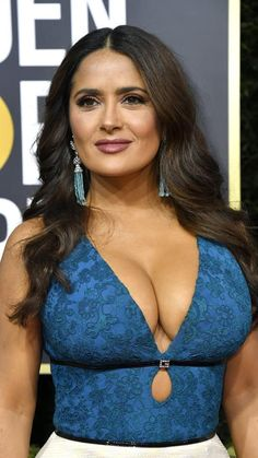 Salma Hayek hot images and Photos. Hollywood, one of the popular actress and director. Salma Hayek biography in short will discuss here. Indian Actress Hot Pics, Indian Actresses, Salma Hayek Body, Salma Hayek Pictures, Selma Hayek, Beautiful Bollywood Actress, Jolie Photo, Hollywood Celebrities, Beautiful Celebrities