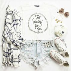 ootdinspirationblog:  BACK TO SCHOOL  (You can wear jeans instead of shorts) Quote : Do whatever makes you happy and be with whoever makes you smile INSTAGRAM : ootdinspirationblog Weit : ootdinspirationblog