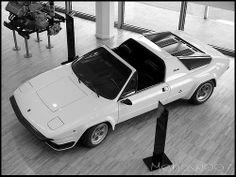 1976 Lamborghini Silhouette P300 - styled by Bertone.