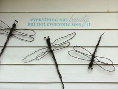 making dreamy dragonflies for the garden, crafts, gardening, repurposing upcycling, Barbed wire dragonflies Diy Home Crafts, Garden Crafts, Garden Projects, Upcycled Crafts, Repurposed, Upcycled Garden, Art Projects, Barb Wire Crafts, Metal Crafts