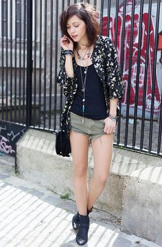 Kimono Zara  CulotteZara  Boots Pamela Love x Nine West