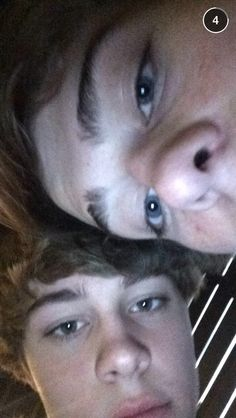 Christian Leave and Jack Dail look to much alike Christian Akridge, Christian Leave, Jack Dail, Pleasing People, Cute Teenage Boys, Tumblr Boys, Friend Goals, Cute Guys, Pretty Boys