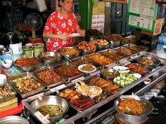 タイのオカズ食堂は選びすぎるとレストラン並みに高くなる - http://photrip-guide.com/2014/09/29/thai-3/