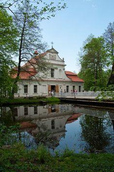 Kościół na wodzie w Zwierzyńcu | Wypad na WEEKEND