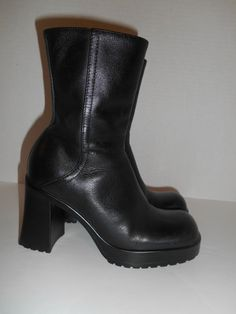Vintage womens  90s Chunky Heel boots Black by ATELIERVINTAGESHOP, $50.00