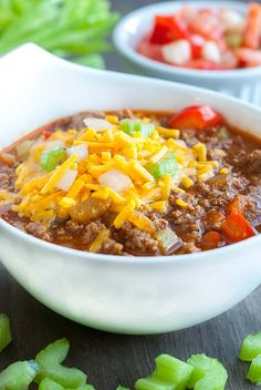 Looking for a tasty Low Carb Chili recipe? Here's the one you've been looking for, it's delicious, easy and packs the same flavors you know and love.