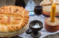 Stari recept za slavski kolač: Kako da umesite i ukrasite savršenu pogaču! (FOTO) - Dnevni.rs
