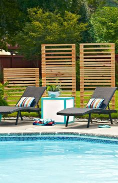 In just one day, you can build cedar screens that will block prying eyes but welcome breezes.