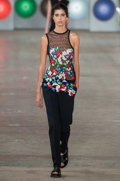 Boss Spring 2017 Ready-to-Wear Fashion Show - Mica Arganaraz