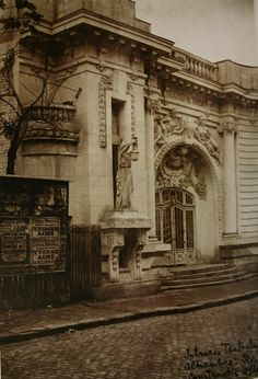 Neoclassical Architecture, Vintage Architecture, Beautiful Architecture, Beautiful Buildings, Baroque Design, Bucharest, Abandoned Buildings, Old City, Ancient Architecture