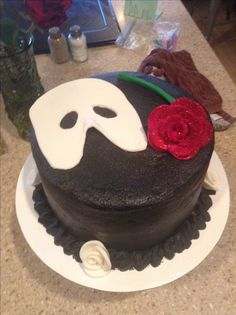Phantom of the Opera Birthday cake My aunts bakery is amazing I