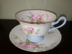 Shelley Roses Tea Cup & Saucer