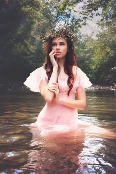 Angie Candell Photography ethereal fashion dreamy fairytale waynesburg pa model taxi mgmt
