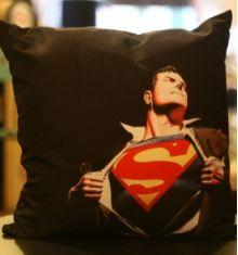 Almofadas - Produtos -R$ 58,00  Badulaques Vintage  http://badulaquesvintage.com.br/produto/almofada-super-heroi--superman/1383/
