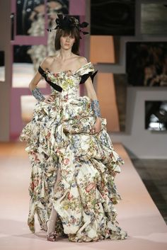 Christian Lacroix at Couture Spring 2007 - StyleBistro