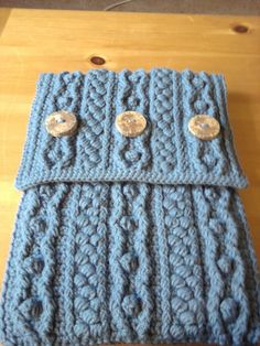 crochet bobble laptop case pattern