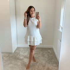 5 things you can do today to be more feminine - Champagne As Standard Things To Do Today, 5 Things, Beauty Regime, Evening Routine, Expensive Clothes, Loungewear Set, Feminine Energy, Bad Habits, Classy Women