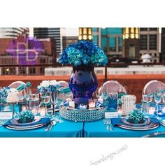 www.paigebrowndesigns.com  upscale wedding, downtown wedding, modern wedding, blue wedding, Paige Brown Designs Instagram photos @paigebrowndesigns - EnjoyGram