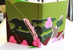 Cuadernos MOW - 100 hojas papel bond, tapa forrada en tela, contratapa color rosado, cinta separadora color verde.