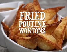Fried Poutine Wontons are filled with creamy mashed potatoes with a cheesy cente. Fried Poutine Wontons are filled with creamy mashed potatoes with a cheesy center! Fried until golden and crispy then dipped in brown gravy! Cooking Videos Tasty, Tasty Videos, Food Videos, Cooking Recipes, Appetizer Recipes, Snack Recipes, Dessert Recipes, Snacks, Ham Recipes