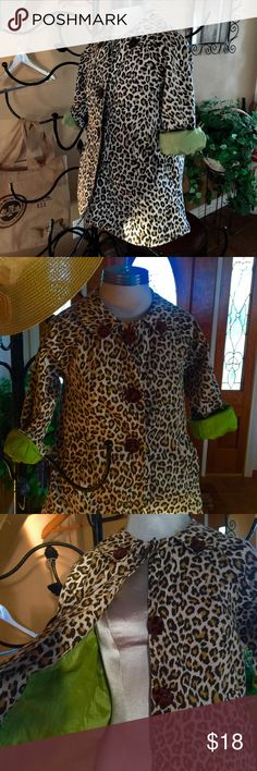 Shorty cheetah animal print jacket size S Boutique style shorty animal print  shorty jacket. This is cute! Lime green lining. Mid length sleeves. I loved this as a raincoat on my junior!!!! Forever Jackets & Coats Blazers