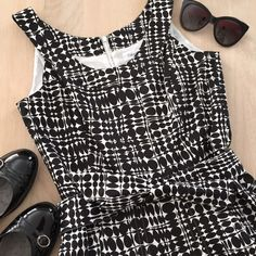 Calvin Klein Fit and Flare Dress Vintage inspired Calvin Klein dress. The fabric is thick and falls beautifully. Very comfortable and versatile. Comes with matching belt. Knee length. Calvin Klein Dresses Midi