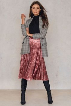 I want this pink velvet pleated skirt! #nakd #ad #falloutfit